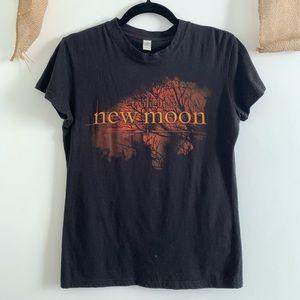 The Twilight Saga new moon tee Sz M